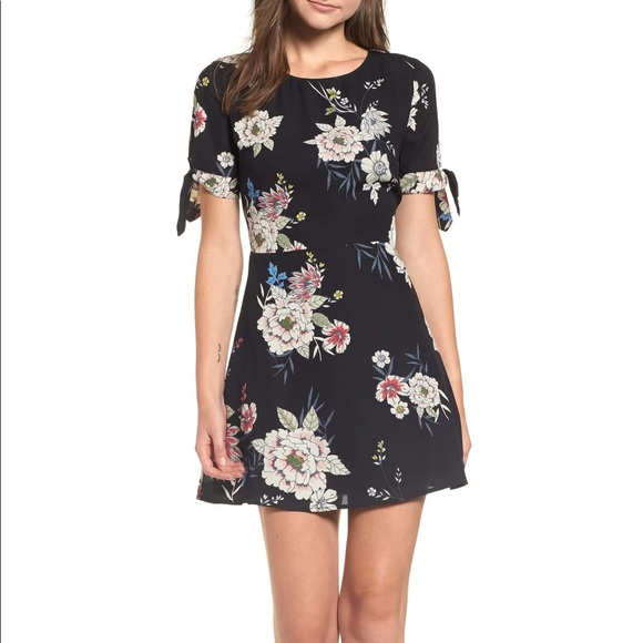 d69312697b Leith Tie Sleeve Fit   Flare Dress